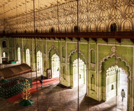 8 reasons to love the Bara Imambara -