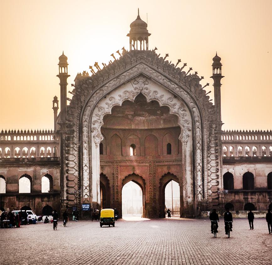 8 reasons to love the Bara Imambara -