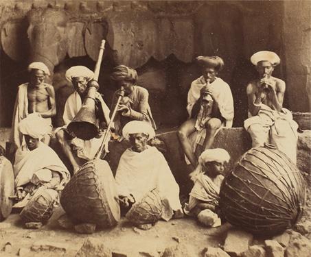 Karlee (now Karle) Musicians - British India, Buddhist, Ethnography, Karli, Kings & Countrymen, Maharashtra, Rock-cut cave, Vintage, Western India