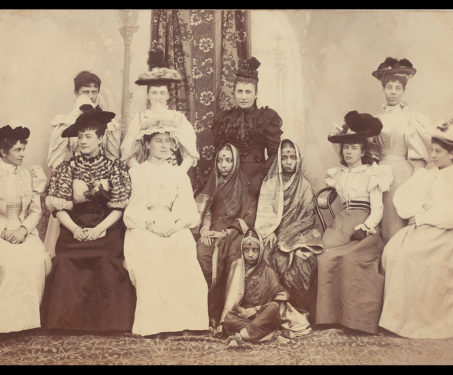 19th Century Indian and European women - Vintage Photography