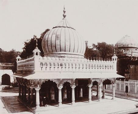 Nizamuddin Dargah, Delhi - 14th century, Baoli, Delhi, shrine, Sufi, Sufi saint, Tomb