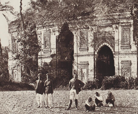 Tantipara Mosque, Gaur - 19th Century Photography, Bengal, Bengal Presidency, Bengal Sultanate, Gaur, Medieval Architecture, monuments