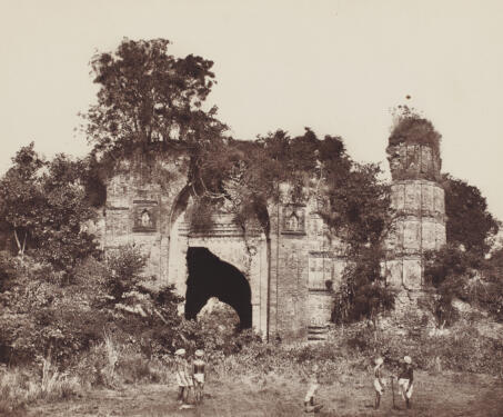 Dakhil Gate. South View, Gaur - 19th Century Photography, Bengal, Bengal Presidency, Bengal Sultanate, Gaur, Medieval Architecture, monuments