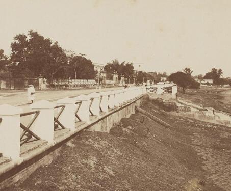 Quai dupleix, Chandernagore (Chandannagar) - 19th Century Photography, Bengal, Bengal Presidency, Chandannagar, Colonial India, Colonialism, Indo-French