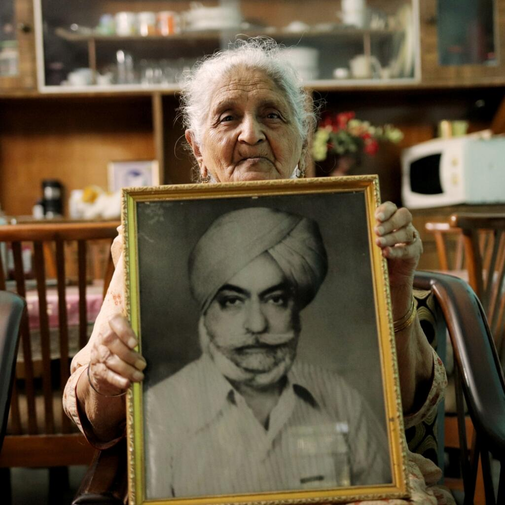 Parallel Histories: Personal Photos as a Political Statement - Caste, featured, Feminism, Instagram, Partition, photography, Portraits, Subcontinent